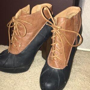 Qupid | Black and Brown Booties